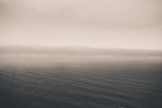 ocean-336613_640